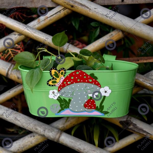 Railing Mushroom Planter Green